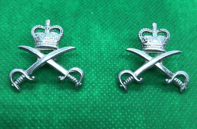 British Army PT Physical Training Instructors Collar Badges • 5.99£