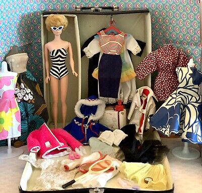 $ CDN57.34 • Buy Vintage Barbie Bubble Cut Doll Big Case Clothes Lot
