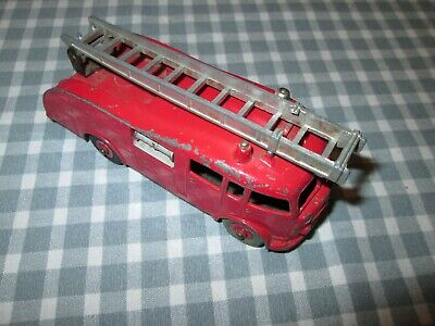 Dinky Toys No 955 Fire Engine -Unboxed • 7.90£