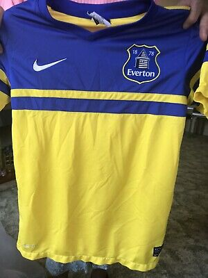 Everton Away Shirt 2015  Age 10-12 Years.   137-147 Cms  Authentic Nike Dri Fit • 1.50£