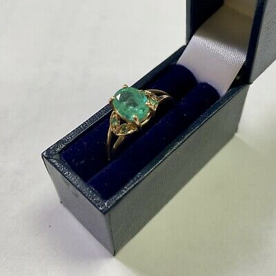 9ct Yellow Gold Ring Set With A 1ct Oval Cut Colombian Emerald Size N • 350£