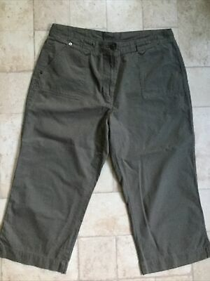 Marks And Spencer Women's Khaki Green Cropped Cotton Trousers Size 18 Long • 4.99£