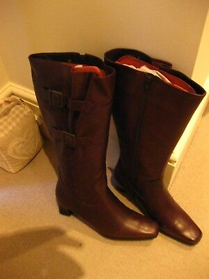 NEW Women's Long Brown Leather Boots, Size 39 (uk6/6.5) Rpp 70 • 39£