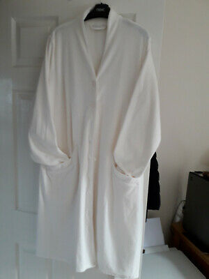 Marks And Spencer Dressing Gown 16/18 • 14£