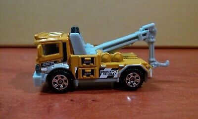 Urban Tow Truck Wrecker Recovery Emergency Service Matchbox Die-cast Vehicle Toy • 5.50£