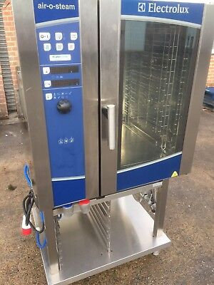 £2640 • Buy £2200+VAT Electrolux Air O Steam 10 Grid Electric Combi Oven + Stand. Immaculate