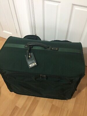 Tumi Suit Garment Carrier With 4 Removable Wheels Large Excellent Condition. • 20£