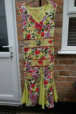 Ladies Green Per Una Flared Floral Dress Size 16 Excellent Condition • 3.20£