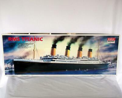 ACADEMY MINICRAFT MODEL KITS 1/350 SCALE RMS TITANIC LENGHTH 76.8cm PART BUILT • 65£