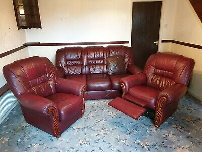 Red Italian Leather 3 Piece Suite. Three Seater Sofa. 1 Reclining Chair. 1 Chair • 59£