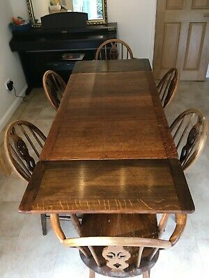 Ercol Extending Dining Table And Chairs • 350£