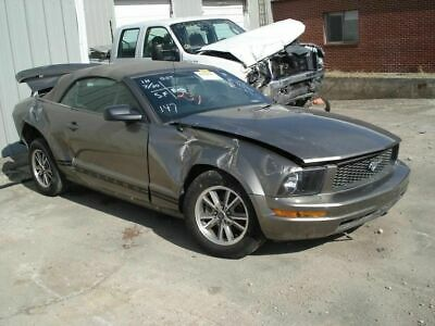 $135 • Buy Rear Spoiler Excluding Shelby GT 500 Pedestal Mounted Fits 05-09 MUSTANG 124657