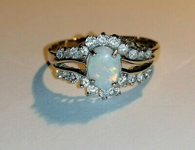9ct Gold Opal Ring Size Q • 135£