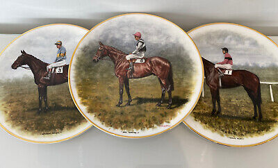 Regal Crown Bone China Horse Plates Chasing Legends Peter Deighan 27.5cm Across • 10£