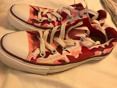 Womens Converse Size 4  Pink Camouflage • 15£