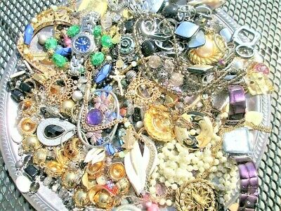 $ CDN17.76 • Buy Unsearched Jewelry Vintage Modern Big Lot Junk Craft Box FULL POUNDS Pieces Part