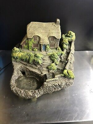 Hilltop ~ Stone Pool Water Feature, Cottage Stream • 125£