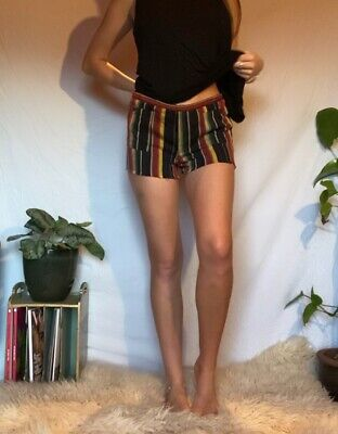 Unbranded Funky Striped Shorts • 12£