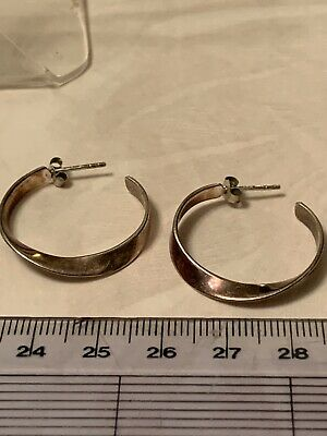 A Pair Of 925 Twisted Silver Half Hoop Earrings By IBB • 8.99£