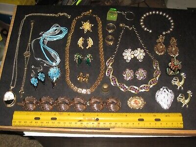 $ CDN13.73 • Buy Vintage Costume Jewelry Lot,Lisner Necklace & Earrings,Sarah Coventry Strawberry