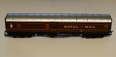HORNBY LMS ROYAL MAIL COACH No 30250 In LMS Maroon Livery 00 Gauge • 6.10£