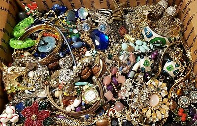 $ CDN231.29 • Buy HUGE 13+lbs Vintage Mod Jewelry Lot Some Signed Most Wearable Necklaces Bracelet