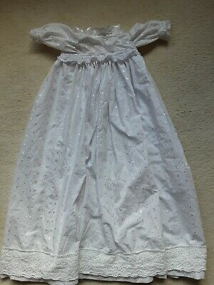Christening Gown • 15£