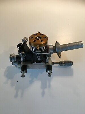 CMB 21 Marine Race Glow Nitro Petrol RC Model Boat Engine And Gearbox • 75£
