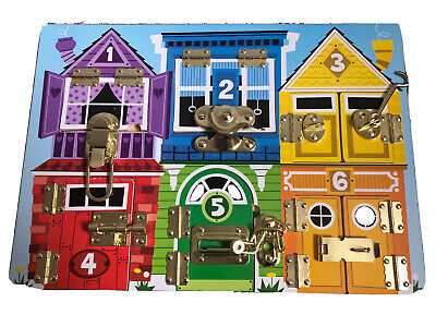 Melissa & Doug 19540 Lock And Latch Board • 6.50£