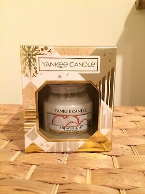 Yankee Candle Snow In Love 104g New In Beautiful Xmas Box • 9£