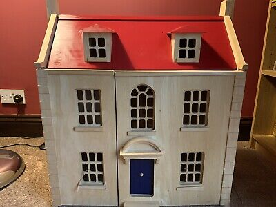 Pintoy Marlborough Wooden Doll's House Plus Furniture And Dolls • 30£