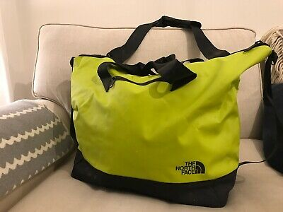 The North Face Base Camp Gear Bag • 15£