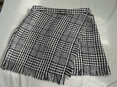 Primark Check Knitted Skirt With Asymmetric Front Size 10 • 7£