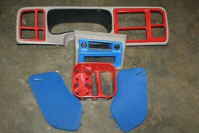 $161.99 • Buy 03-06 Silverado  Sierra CUSTOM Spray Paint RED BLUE DASH BEZEL INTERIOR SPEAKER