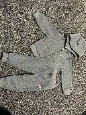 Baby Girls Nike Track Suit Grey And Pink Jacket And Bottoms 18 Months • 20£