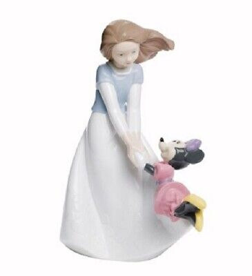 Nao By Lladro Porcelain Figurine Friends With Minnie 02001643 Was £125 Now £106 • 106£