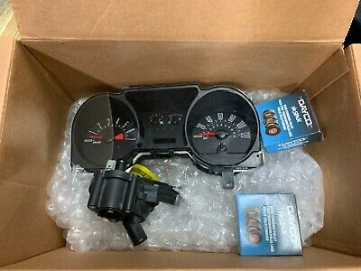 $120 • Buy Speedometer 2005 Ford Mustang With Pulleys And Thermostat Housing
