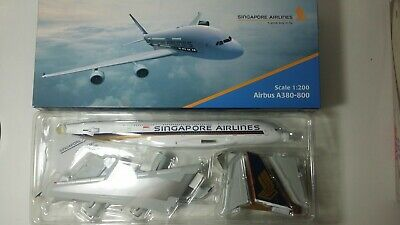 AU150 • Buy 1:200 Lysia Marcomm A380 Singapore Airlines