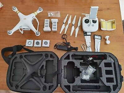 AU700 • Buy Phantom 3 4K Drone Used Come With Backpack And Spare Accessories.