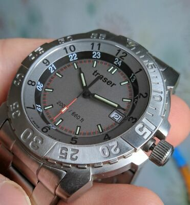 £290.30 • Buy Traser H3 T5002 With Tritium Backlight On Stainless Steel Bracelet