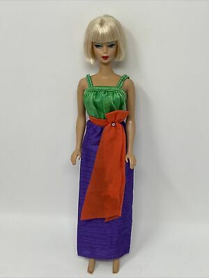 $ CDN26.16 • Buy Vintage Barbie Doll Clothes Fashion Collectibles Outfit #1366 PURPLE Green Dress