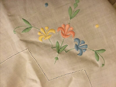 Vintage White Tablecloth With Embroidery  • 5£