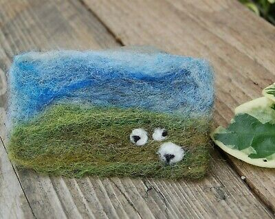 Handmade Needle Felted Yorkshire Dales And Sheep Brooch/Gift • 7£