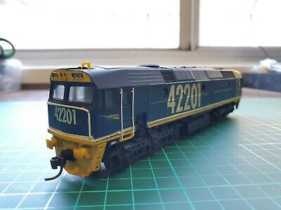 AU51 • Buy NSWGR 422 Class - Lima Model - FreightCorp Livery - 42210 Renumber 42201