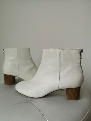 60s Style White Ankle Boots Go-go - Size 5 • 8.10£