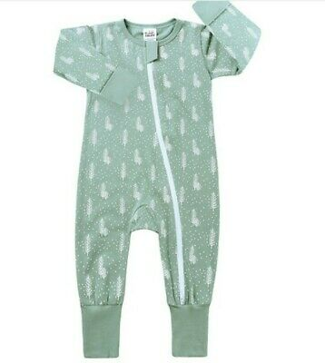 Brand New Never Been Worn Baby Zip Sleepsuits With Foldable Hands And Feet..... • 5£