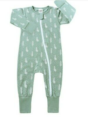 Brand New Never Been Worn Baby Zip Sleepsuits With Foldable Hands And Feet.... • 5£