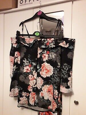 Select Womens Cold Shoulder Top Size 16 • 4£