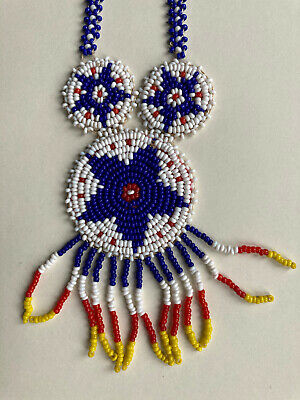 VINTAGE NORTH AMERICAN INDIAN BEADED MEDALLION NECKLACE Blue, Red, White, Yellow • 14.99£