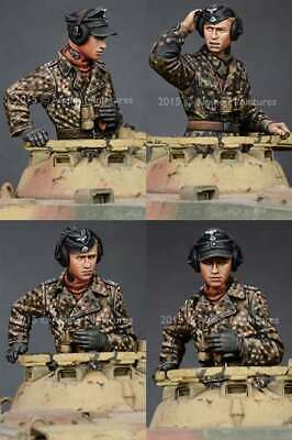 Alpine Mins 35189 WSS German Panzer Commanders 2 Figure Set WW2 1/35th Model Kit • 21.99£